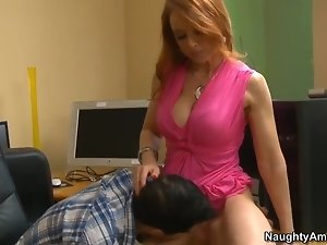 Busty milf Janet Mason seduces young Kris Slater