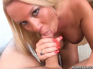 Tara Star shows off her big tits and horny mouth