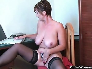 Mom's soaked pussy needs attention