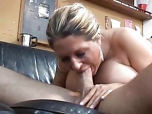 Super Squirting Mature