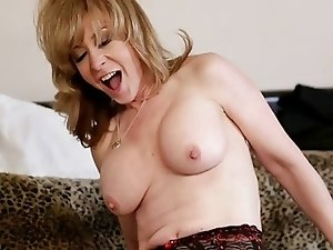 Nina Hartley & Deauxma