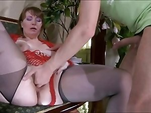 Fool-guy & sweet beautiful mom with saggy tits