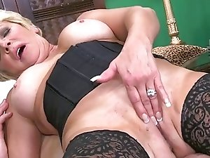 20 older pussy's filled with cum