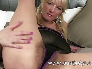 Vanessa fingers her tight hairy pussy