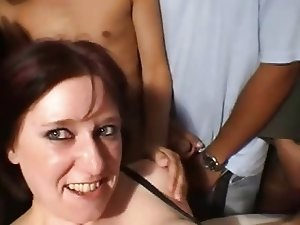 a la douche ...de sperme, french mature in gang bang